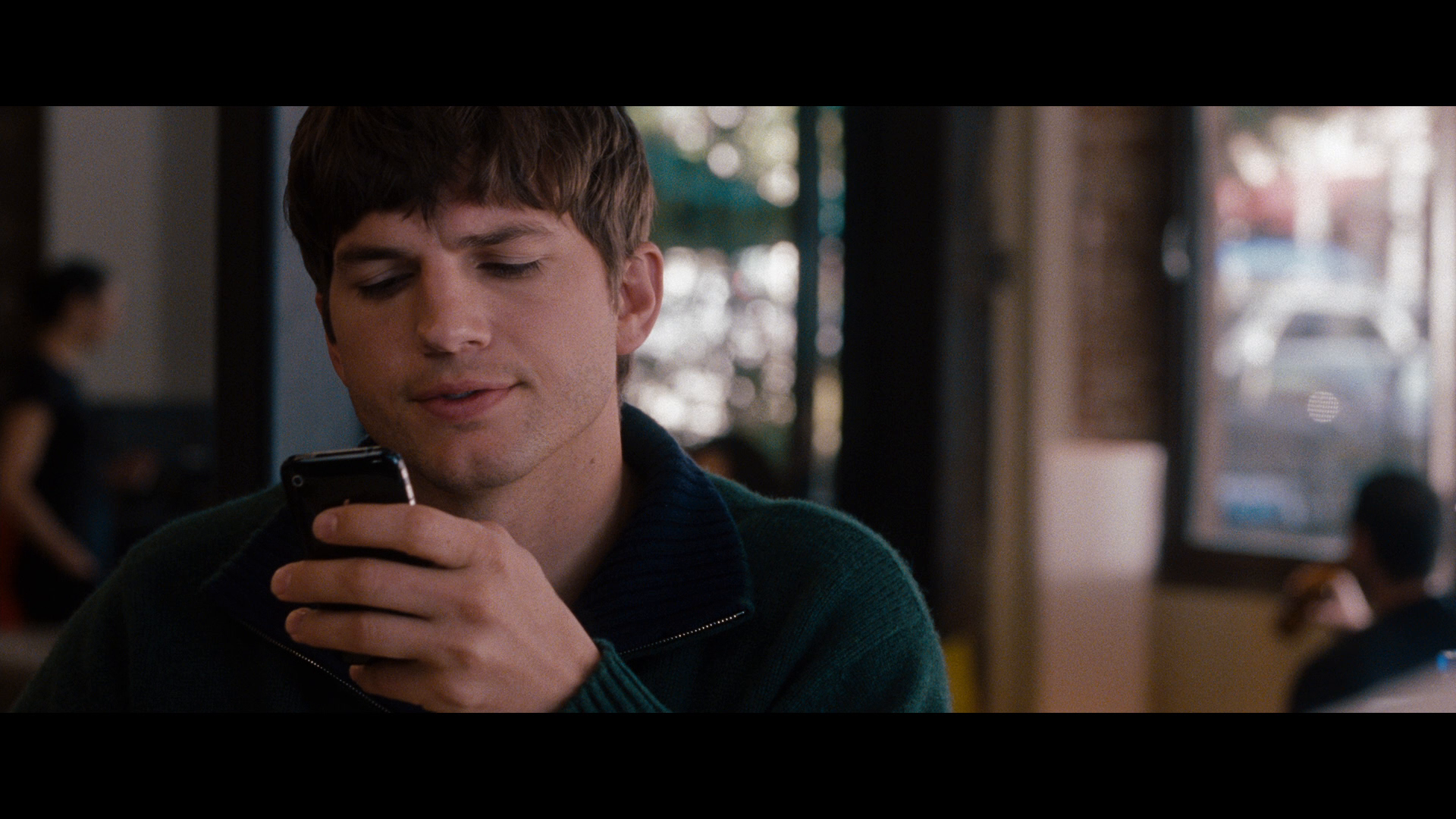 No Strings Attached 2011 BluRay REMUX 1080p AVC DTS-HD MA 5.1-SiCaRio