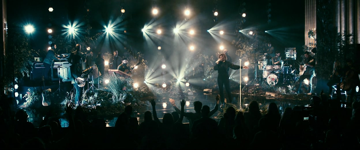 Kim Walker Smith Wild Heart Live At The Cascade Theatre In Redding CA 2020 720p WEB-DL DDP2.0 H264-WEBLE